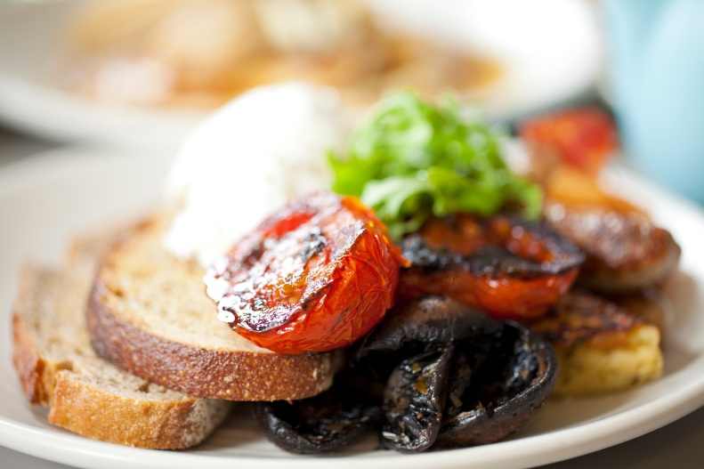 ... tomato, sauteed mushroom, potato rosti, onion jam & toasted sourdough