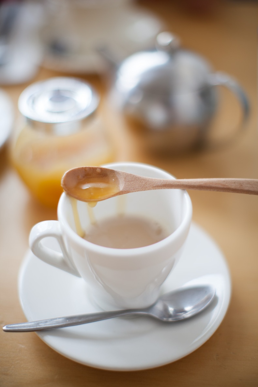 the chai latte w/ it's drippy jar of honey & a shiny, little teapot