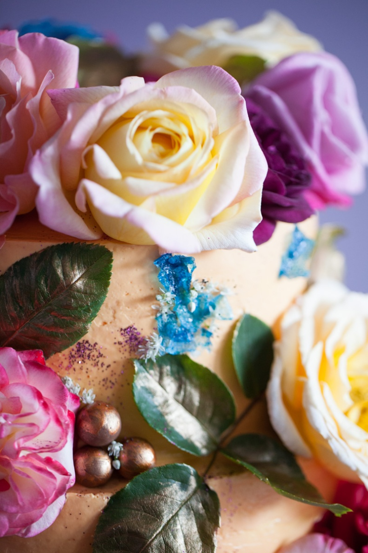 milk-chai-honey-floral-explosion-cake-5