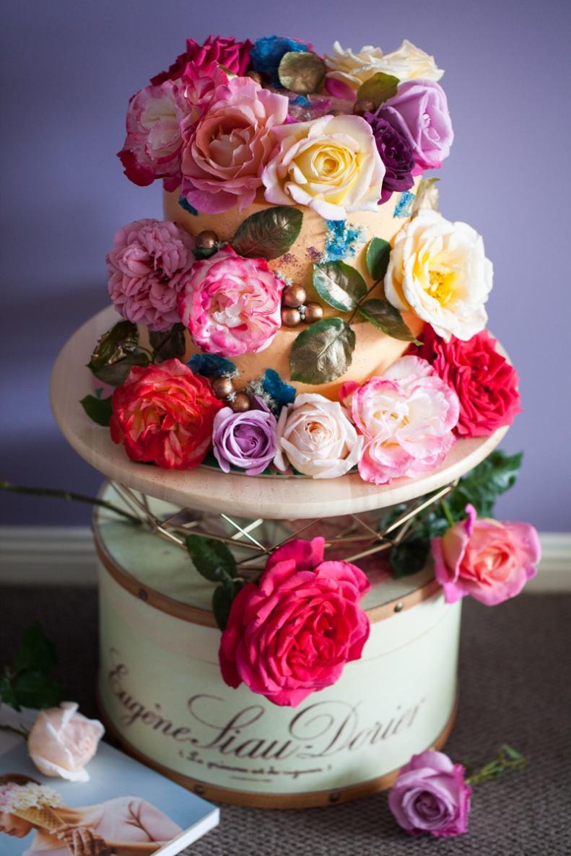 milk-chai-honey-floral-explosion-cake-7