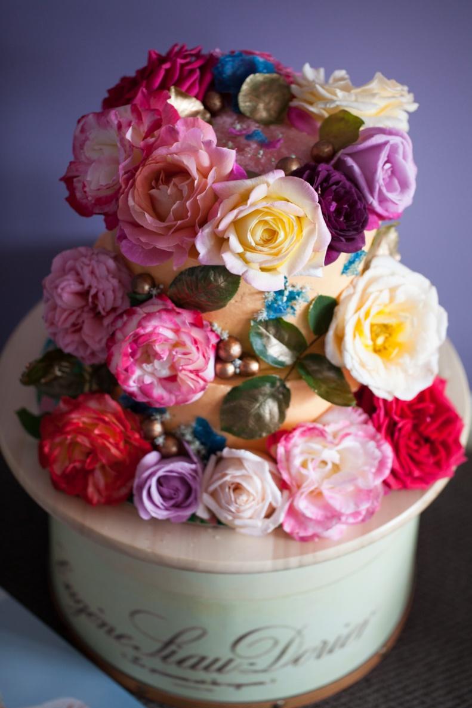 milk-chai-honey-floral-explosion-cake-8